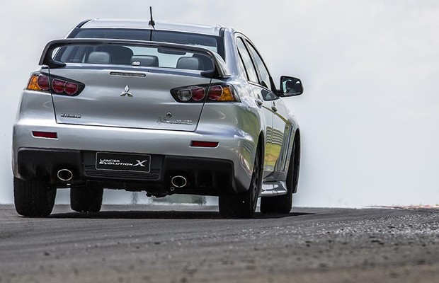Mitsubishi Lancer Evolution X John Easton (Foto: Divulgação)