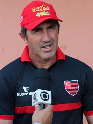 Paulo Moroni, treinador do Flamengo-PI  (Foto: Josiel Martins )