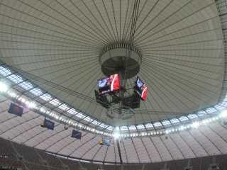 Moderno estádio conta com quatro telões de alta definição e um teto retrátil (Foto: Marcos Felipe / GLOBOESPORTE.COM)