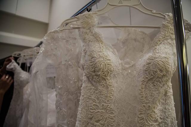 Detalhes de vestidos de Lethicia Bronstein (Foto: Dri Scapa)