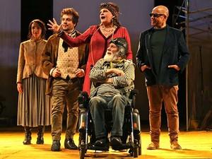 Peça Gaivota – É impossível viver sem teatro faz abertura do Festivale no Teatro do Sesi (Foto: Divulgação/ PMSJC)