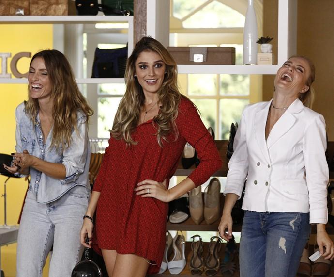 Marina Sanvicente, Angélica e Rafa caem na gargalhada (Foto: Inácio Moraes/Gshow)