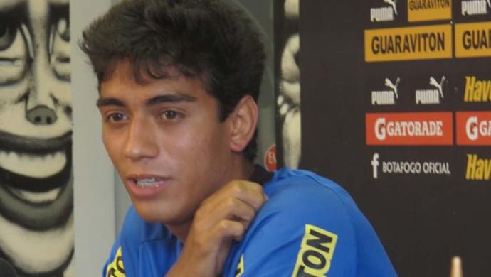 Lucas Zen volante Botafogo (Foto: André Casado / Globoesporte.com)