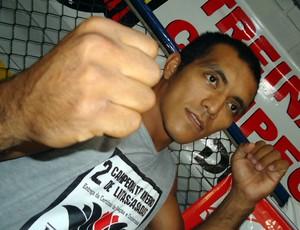 Gerson Indio, treinador e lutador de MMA em Rio Preto (Foto: Natália Clementin/Globoesporte.com)