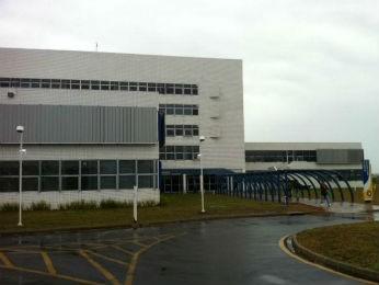 Hospital Regional de Ponta Grossa contribuiu para a volta do curso de Medicina, em 2009 (Foto: Flávio Bernardes/RPCTV)