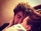 Alexandre Pato posta foto em homenagem à namorada