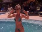 Curtindo férias na Bahia, Iris Stefanelli mostra o corpo em forma