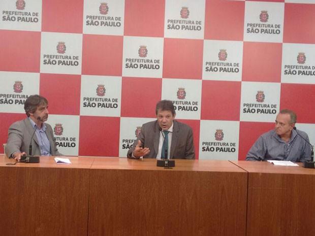 Prefeitura anuncia liberação e recuperação do viaduto Santo Amaro  (Foto: Rone Domingos/G1)