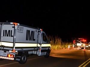 acidente perdizes carro e moto MCG-462 (Foto: Wilian Tardelli/Divulgação)
