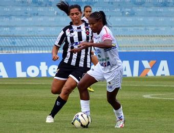 Formiga São José futebol feminino x Botafogo-PB futebol feminino (Foto: Danilo Sardinha/GloboEsporte.com)