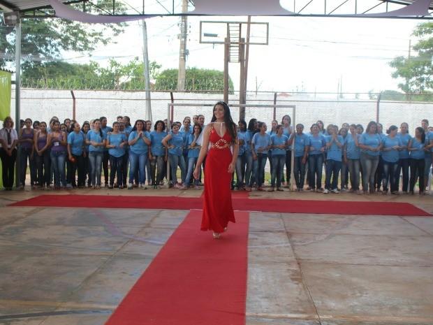 Hellen Moares, 20 anos, nova Miss Penitenciária de Mato Grosso do Sul (Foto: Nadyenka Castro/ G1 MS)