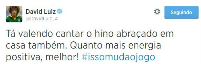 David Luiz diz que vale cantar Hino em casa (Foto: Reprodução)