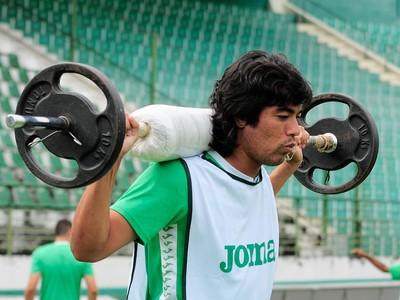 Diego Tabata volante Guarani (Foto: Rodrigo Villalba / Memory Press)