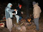 Na torcida por neve, gachos desafiam frio e acampam na Serra