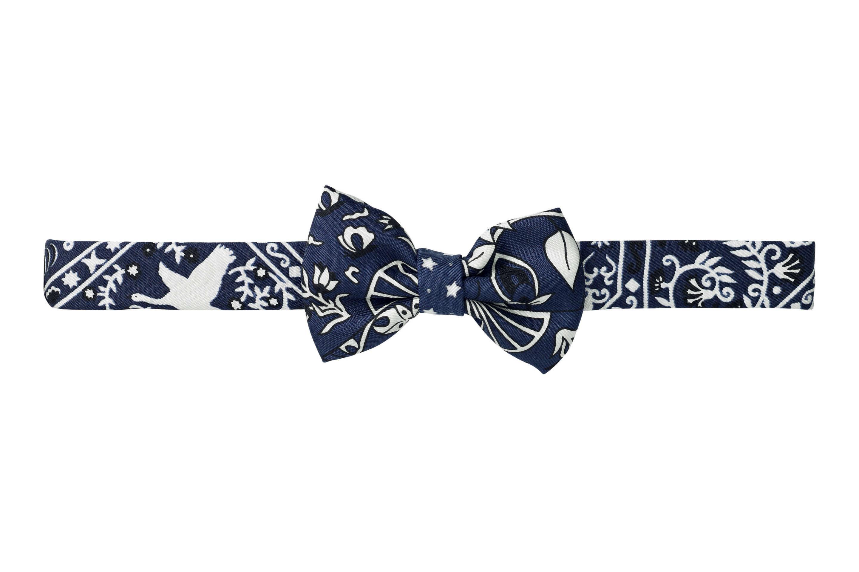 3ecfd50f09932 Hermès lança linha de gravatas borboleta para mulheres (Foto  Divulgação)