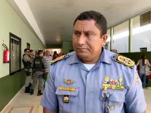 Coronel Júlio César diz que subtenente era usuário de drogas  (Foto: Reprodução/Rede Amazônica Acre)