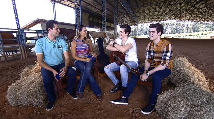 Neste sábado (23), a entrevista da vez é com a dupla dos irmãos gêmeos Breno & Caio Cesar (Foto: reprodução EPTV)