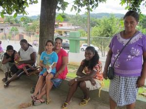 Moradores da área rural de Eldorado participam de votação para prefeito (Foto: Anna Gabriela Ribeiro/G1)