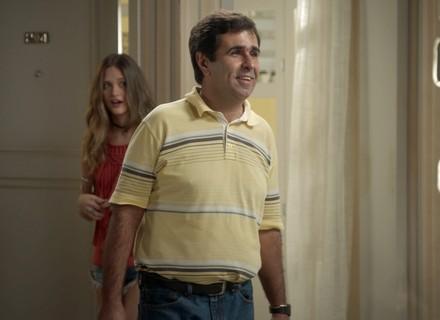 Carolina assume que namorou com Hugo no passado