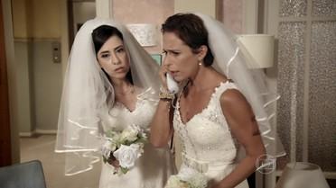 Fátima e Sueli decidem ir até Copacabana