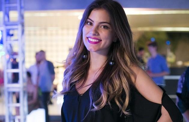 Bruna Hamú descobriu que estava grávida durante as gravações de 'A lei do amor'. A atriz teve que deixar a novela  (Foto: TV Globo)