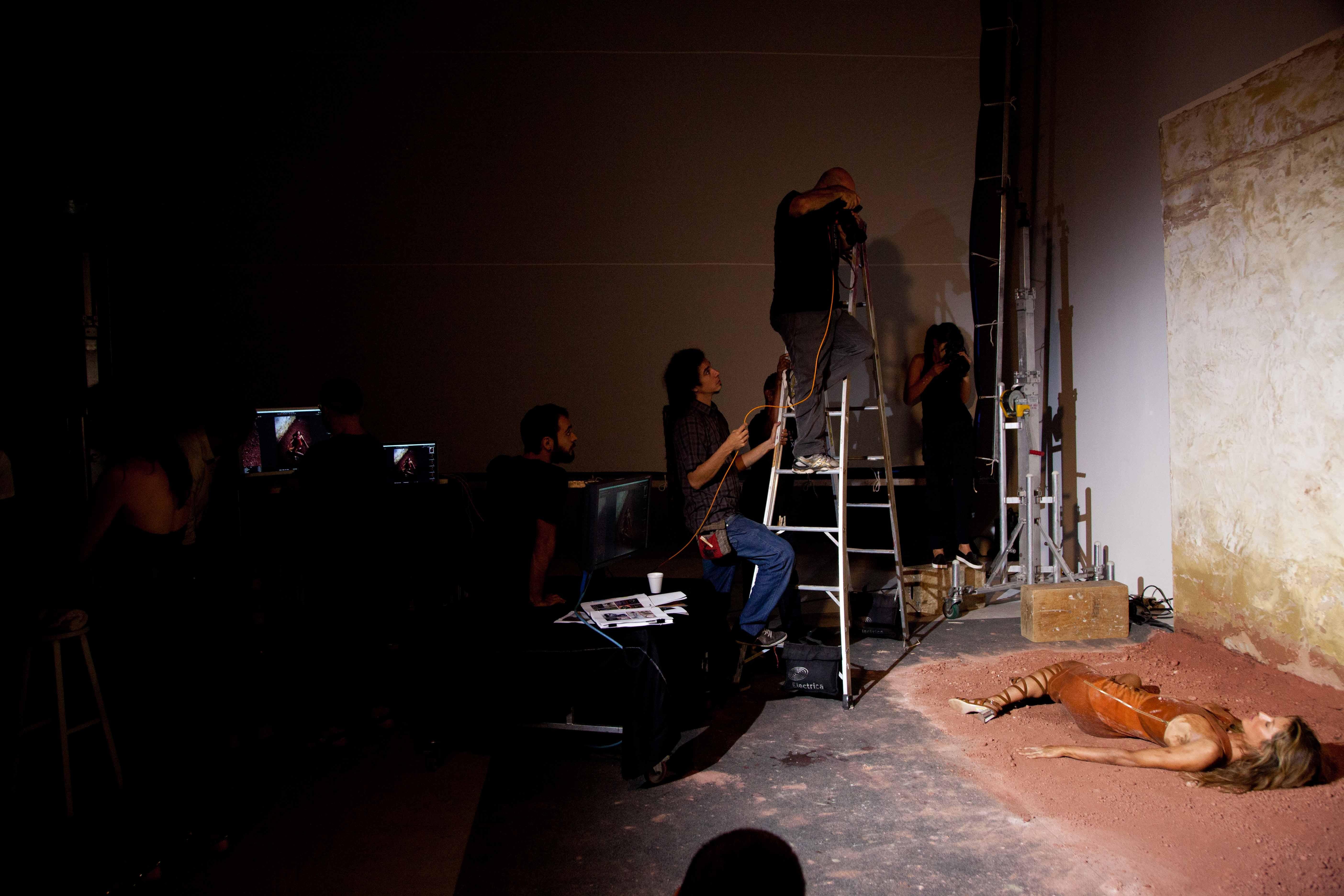 Gisele Bündchen no making of da edição (Foto:  )
