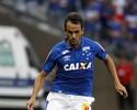 Lucas chega ao Rio para realizar exames médicos e assinar com o Flu