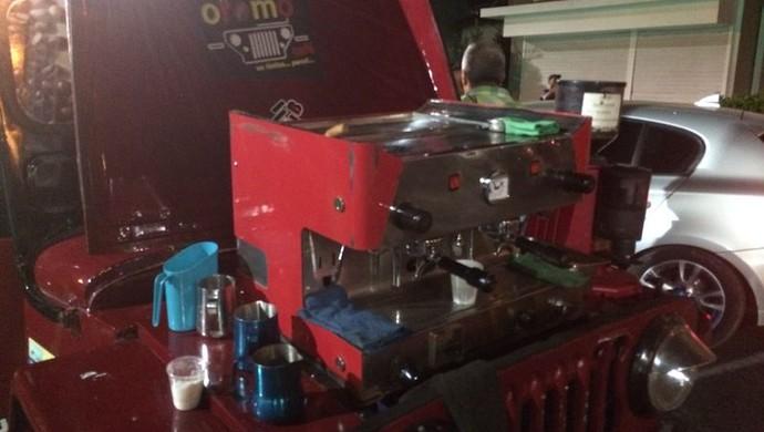 Máquina utilizada pelos torcedores para fazer o café (Foto: Amanda Kestelman)
