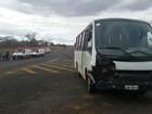 Duas pessoas morrem após colisão entre veículo e ônibus no Sul do Piauí