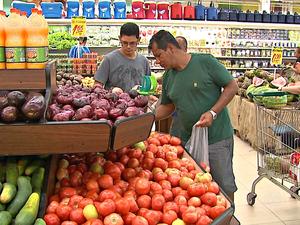 Tomate, feijão e banana foram os produtos que mais sofreram aumento de preços, diz Dieese (Foto: Reprodução/Rede Amazônica Acre)
