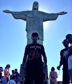 Lewis Hamilton posta foto no Brasil (Foto: Reprodução/Instagram)