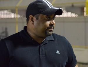 Carlos Júnior, novo treinador do Estanciano (Foto: João Áquila, GLOBOESPORTE.COM)