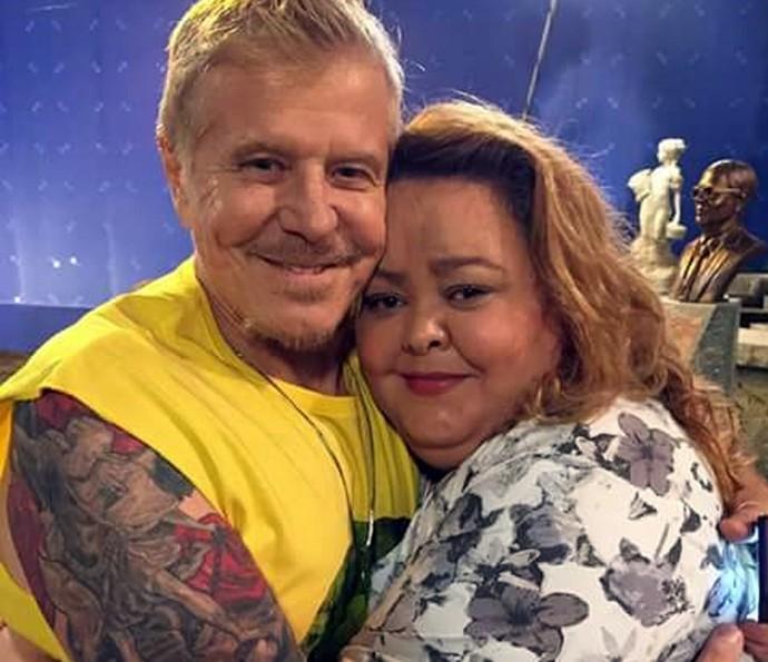 Hélady Araújo e Miguel Falabella posam nos bastidores de Pé na Cova (Foto: Arquivo pessoal)