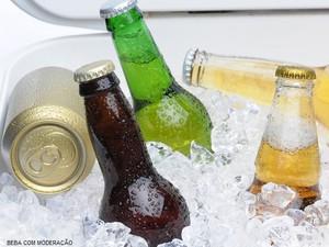 cervejeiros_lataxgarrafa (Foto: Shutterstock)