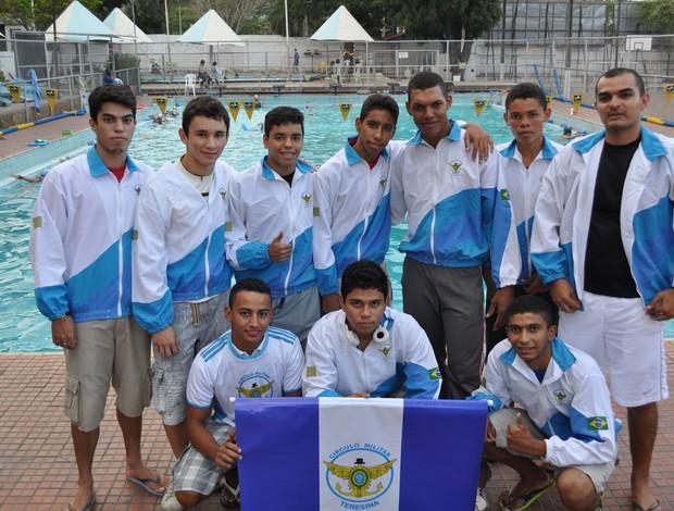 Parte da delegação piauiense que embarca a Copa Norte/Nordeste de Natação em Maceio-AL (Foto: Renan Morais/GLOBOESPORTE.COM)