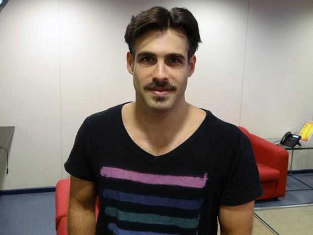 Raoni Carneiro viverá Osório, irmão de Osmundo (Foto: Gabriela / TV Globo)