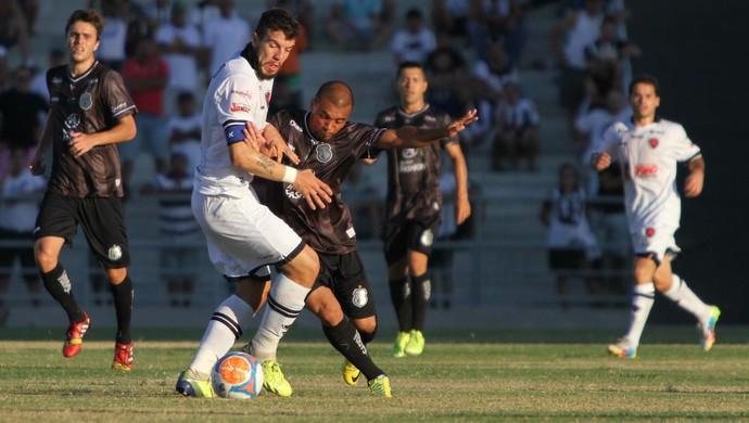 Botafogo-PB vence o Treze por 2 a 1 e se isola na liderança do Paraibano d03acac8f1a0a