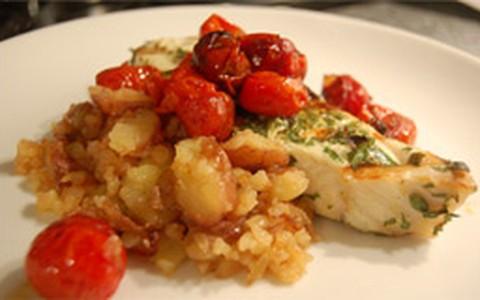 Filé de peixe com purê de batatas