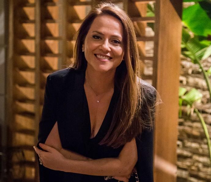 Vivianne Pasmanter comemora transformação de Lili em 'Totalmente Demais' (Foto: TV Globo/Paulo Belote)