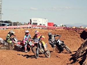 Em Ibiaí, pilotos disputam a 4ª etapa da Copa Brasil de Supercross (Foto: Copa Brasil de Supercross/Divulgação)