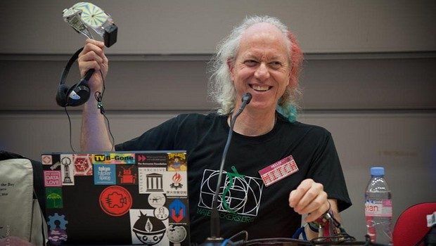 Mitch Altman é um defensor dos hackerspaces (Foto: Ophelia Noor/Flickr/Creative Commons)