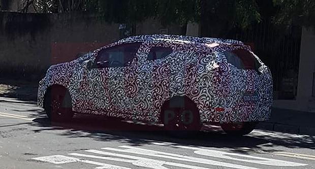 Flagra do novo Honda WR-V (Foto:  Autoesporte)