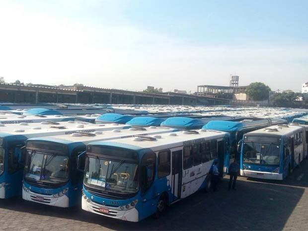 Ônibus parados na garagem da VB transportes, em Campinas (Foto: Wilson Gonçalves / Sindicato dos Motoristas de Campinas e Região)