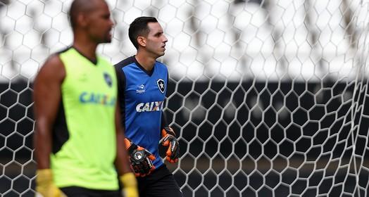 firme  no gol (Vitor Silva /SSpres / Botafogo)