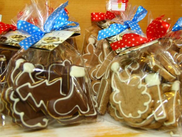 Socorro ganha receita de biscoitos natalinos em formatos da decoração (Foto: Divulgação)