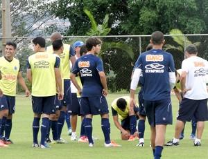 jogadores no treino do Cruzeiro (Foto: Tarciso Badaró / Globoesporte.com)
