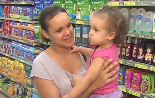 Pais devem ficar atentos aos rótulos dos produtos (Foto: Acre TV)