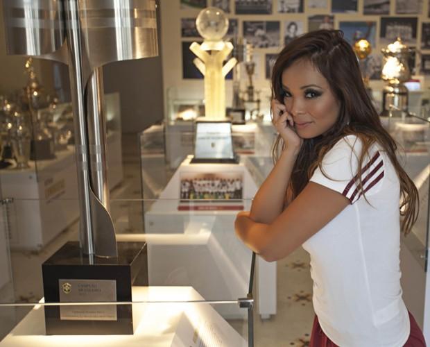 Naka visitou também a sala de troféus do clube (Foto: Beto Gatti)