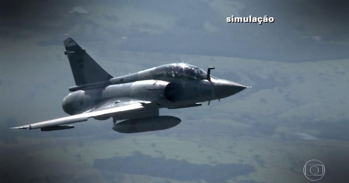 [Brasil] Aeronáutica libera gravações de diálogos entres torres de comando de São José dos Campos, São Paulo e Brasília e a Defesa Aérea 5041552