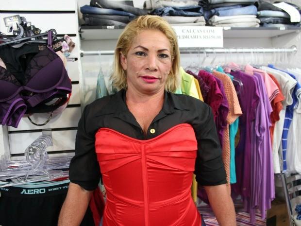 Amanda Medeiros disse que vai em busca do prêmio de Miss Prostituta 2012, em Manaus (Foto: Camila Henriques /G1 AM)